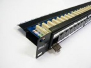 24 Port CAT5e 1U 90deg with cable management UTP Patch Panel