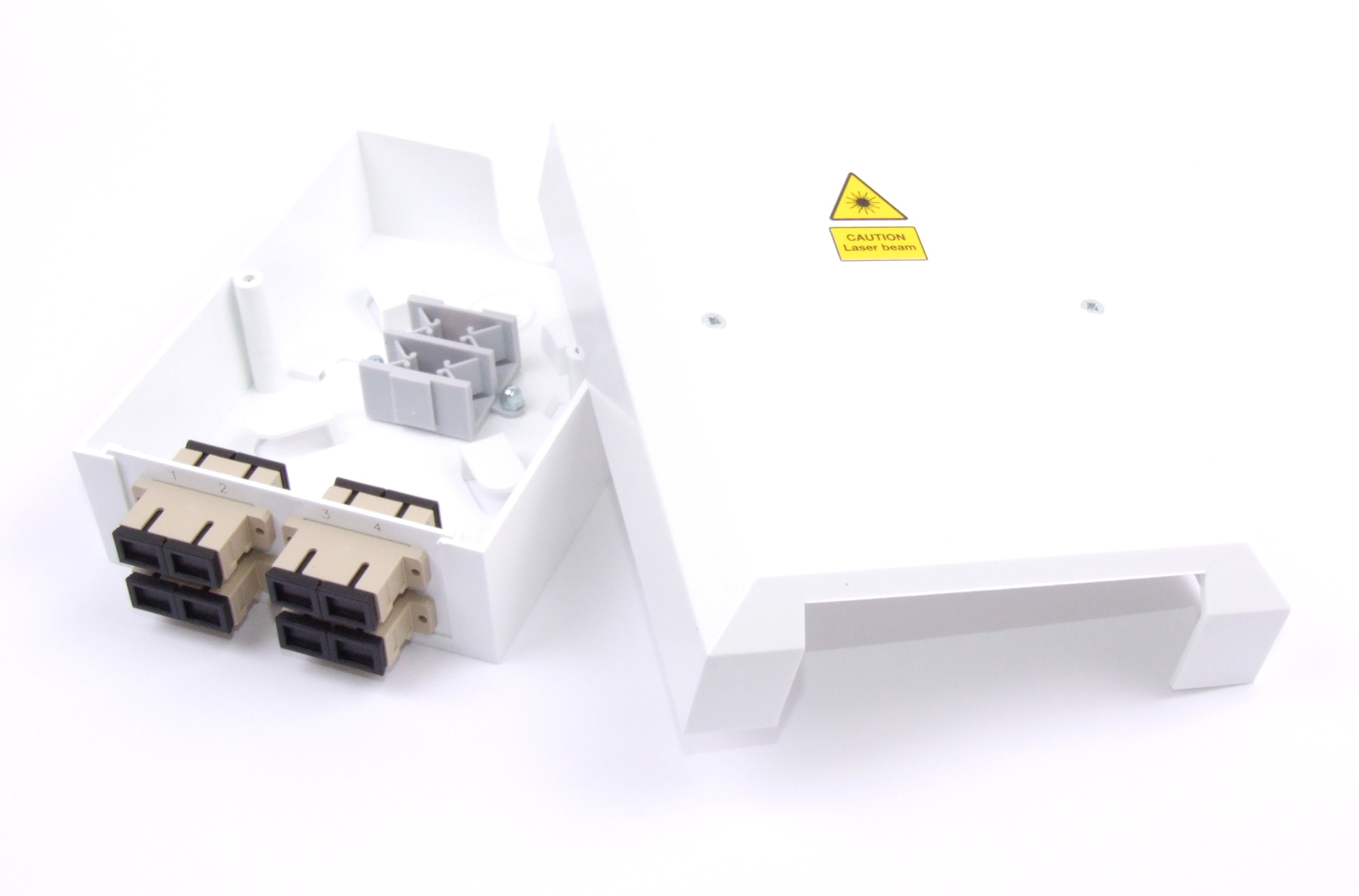 4 Way SC Multimode Optic Fibre Termination Box - adaptors & pigtails