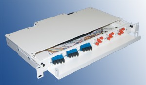 24 Port E2000 Angled Fibre Splice and Patch Panel Sliding